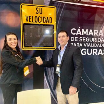 Materializado acuerdo comercial entre TrafficLogix y Grupo F&S durante Expo seguridad 2019
